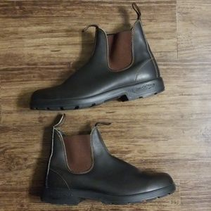 Blundstone Shoes - 🚨🚨SOLD🚨🚨Blundstone 500 Chelsea Brown Leather